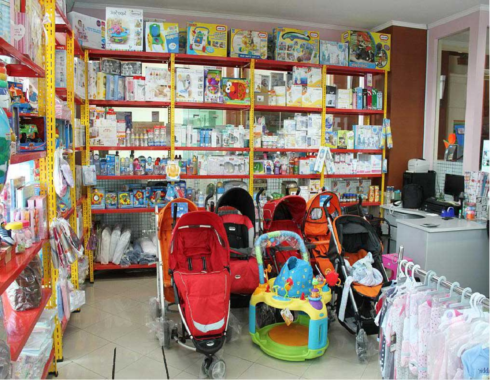 Baby Products and Nursery Ideas - At Sweet Little Babies, we have it all covered! We have the largest and fastest growing range of baby products in Ireland some of which you can see and purchase at our shop in Dundalk.